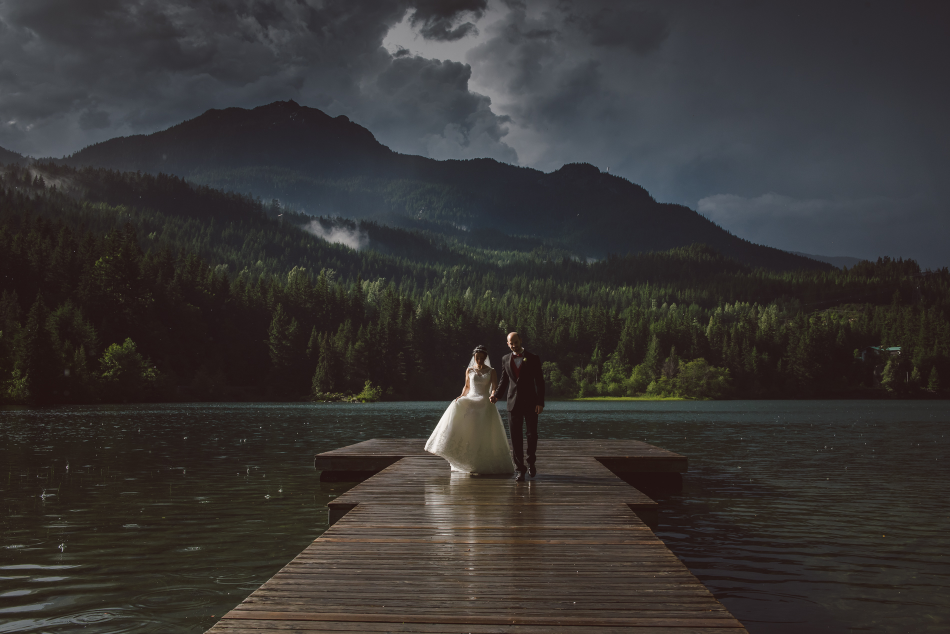 whistler-wedding-storm-walk_001