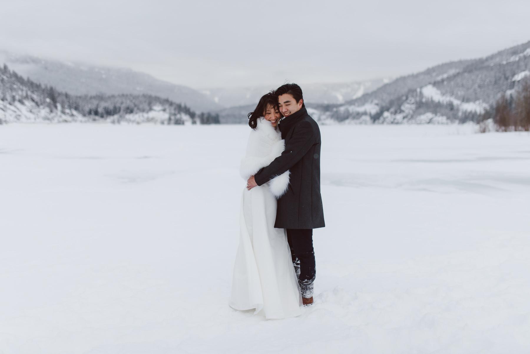 Whistler-winter-frozen-lake